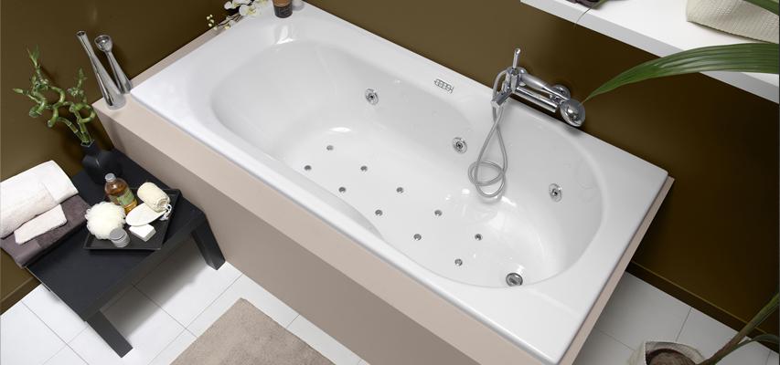 baignoire hydromassage baln o 170 cm. Black Bedroom Furniture Sets. Home Design Ideas