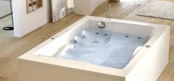Baignoire balnéothérapie relaxante